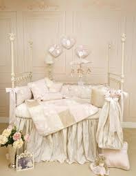 chambre bébé baroque le design de la chambre de bébé modernе en blanc archzine fr