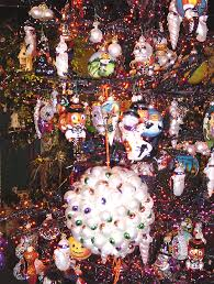 old world christmas 2002 altanta showroom decor