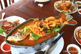 thai food etiquette dos and don u0027ts