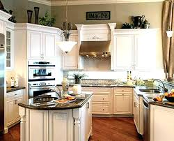 Kitchen Cabinet Moldings Breathtaking Crown Molding On Kitchen Cabinets Mydts520