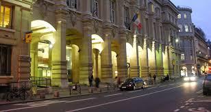 bureau de poste rue du louvre la mythique poste du louvre accueillera un hôtel de luxe