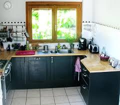 repeindre meuble cuisine laqué meuble cuisine noir repeindre sa cuisine en noir 10 laque meuble