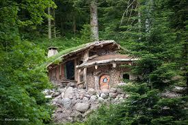 Cabane En Montagne Cabane Refuge Tente Yourte Les Hébergements Insolites Tendance
