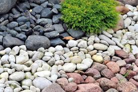 Backyard Landscaping Ideas With Rocks 25 Beautiful Landscaping Ideas Adding Beach Stones To Modern