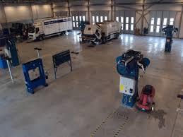 volvo truck center öppet volvohus i malmö trailer se