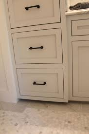 Knobs Kitchen Cabinets by Bathroom Cabinets Painted Bathroom Cabinets And Hardware