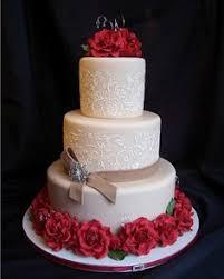 hochzeitstorte leipzig romantische hochzeitstorte mit roten wedding deluxe ihr