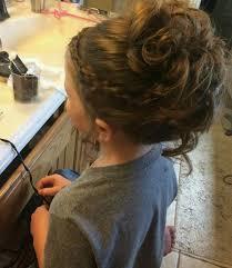flower girl hair 25 best flower girl hairstyles ideas on communion