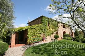farmhouse rustico for sale in italy tuscany siena sinalunga