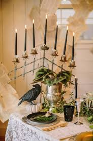 Halloween Wedding Decor Ideas by 25 Best Victorian Halloween Decorations Ideas On Pinterest