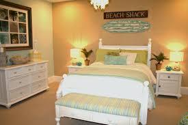 Coastal Cottage Furniture Coastal Bedroom Decor Emerald Cove Master With Cat Seas Bedding