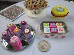 petites cuisines am ag s an buffet doll food cookie tray and sponge cake