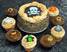halloween cake pics trick or treat halloween cake and cupcakes mannings bakery