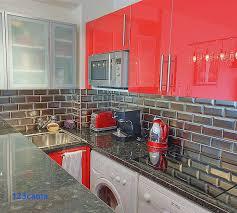 photo cuisine avec carrelage metro cuisine equipee avec faience carrelage salle de bain crédence