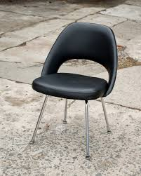 Eero Saarinen Executive Armchair Vintage Eero Saarinen Executive Side Chair For Knoll U2014 Service Brown