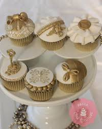 Decorating Cakes 490 Best Techniques Images On Pinterest Tutorials Decorating