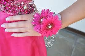 prom wristlets pink prom gerbera daisies bling prom flowers wristlet