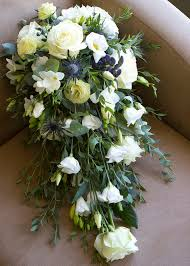 how to make a wedding bouquet wedding bouquet cascade how to make the wedding specialiststhe