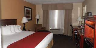 holiday inn express u0026 suites forest hotel by ihg