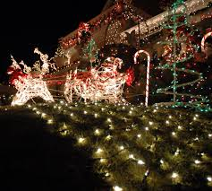 Outdoor Christmas Decoration Ideas by Top 10 Biggest Outdoor Christmas Lights House Decorations Digsdigs