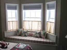 Umbra Bay Window Curtain Rod Living Room Awesome How To Bay Windows Curtain Rods Drapery Rings