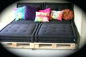 gros coussin pour canap coussin pour palette ou trouver des coussins pour canape diy un en