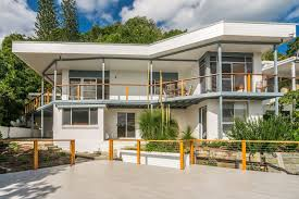 Luxury Holiday Homes Byron Bay by 13 Brownell Drive Wategos Beach Beach House Holiday House Byron