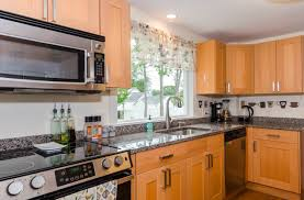 25 wood street nashua nh 03064 mls 4657618 coldwell banker