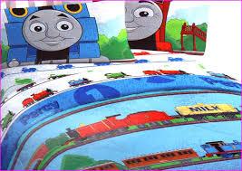 diy thomas the train birthday decorations