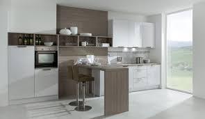küche mit esstisch ein essplatz passt in jede küche ideen möglichkeiten