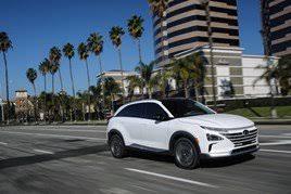 hyundai reveals new fuel cell vehicle nexo manufacturer news