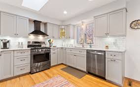kitchen cabinets lowes or home depot national refacing systems