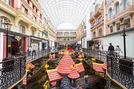 this is edmonton west edmonton mall spacing edmonton