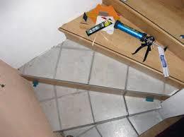 laminat treppen treppe sanieren alt fliesen neu laminat treppensystem