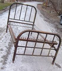 antique twin iron bed 5827