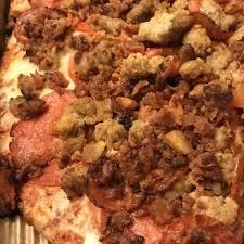 round table pizza el dorado hills town center round table pizza 27 photos 34 reviews pizza 4510 post