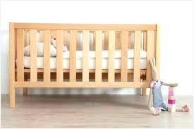 chambre bébé bois naturel chambre bébé en bois massif commentaires lit enfant bois brut