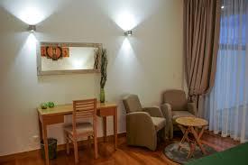 Small Apartment Kitchen Decorating Ideas Suite Earth Deluxe Lodge Natur Zen