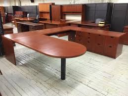 pre owned steelcase veneer u shaped desk unit lexington lexington