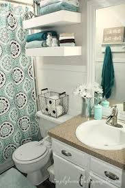 college bathroom ideas how to decorate a bathroom on a budget best 25 college bathroom