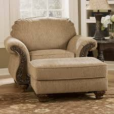 Marlo Furniture Liquidation Center by Signature Design By Ashley Cambridge Amber Traditional Chair