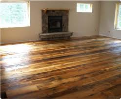 Difference Between Laminate And Vinyl Flooring Pergo Floors New Laminate Floors In A Living Space 1 20 Golden