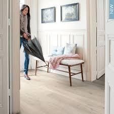 Quick Step Laminate Flooring Discount Quick Step Impressive Ultra Soft Oak Light Flooring Looks So