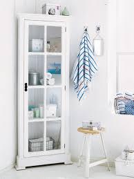 eckschrank badezimmer wie ein mini bad über sich hinauswächst indem sie jeden winkel