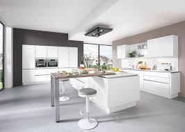 moderne kuchenzeilen gunstig kuchen und torten kuchenspule dunkel