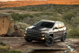 jeep cherokee ads new jeep cherokee production scaled back 500 workers temporarily