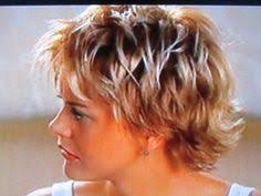 how to cut meg ryan youve got mail hairstyle meg ryan s hair in you ve got mail fabulous hair pinterest