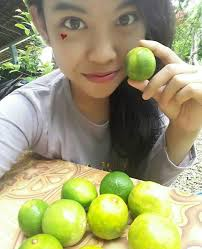 cara membuat wajah menjadi glowing secara alami bagaimana cara memutihkan wajah dengan jeruk nipis yang cepat dan