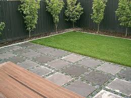 Paved Garden Ideas Landscaping Ideas With Pavers Easy And Cheap Walkway Ideas For