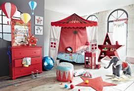 une chambre en plus une chambre pour enfant sur le thème du cirque maison du monde